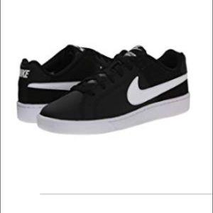 Nike Court Royale size 8